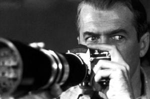 """Imatge de """"La finestra indiscreta"""", d'Alfred Hitchcock."""